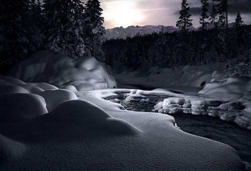 Tim Simmons Intervention-Snow-3-2007